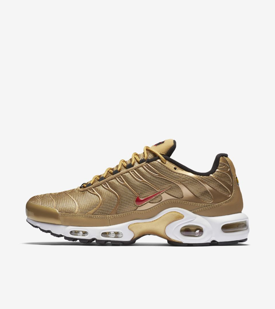 fcc7a57049 Nike Air Max Plus 'Metallic Gold' Release Date. Nike⁠+ SNKRS