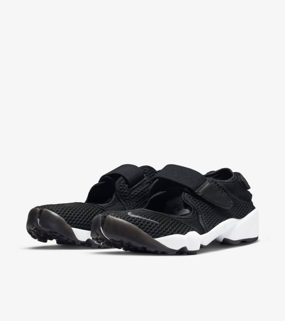 dad6af881e90 Women s Nike Air Rift Breathe  Black   White . Nike⁠+ SNKRS