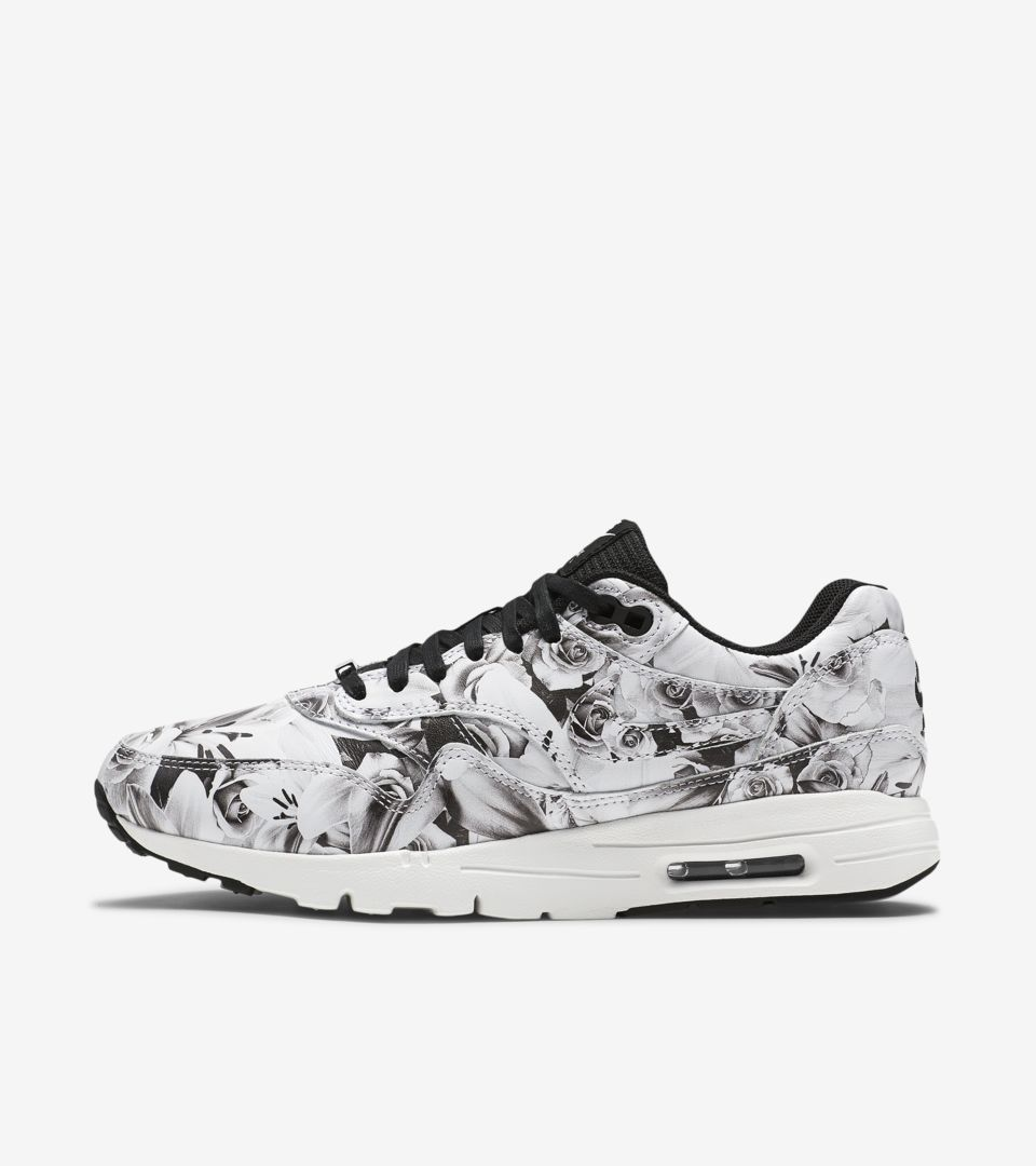 Nike Women's Air Max 1 Ultra Moire White