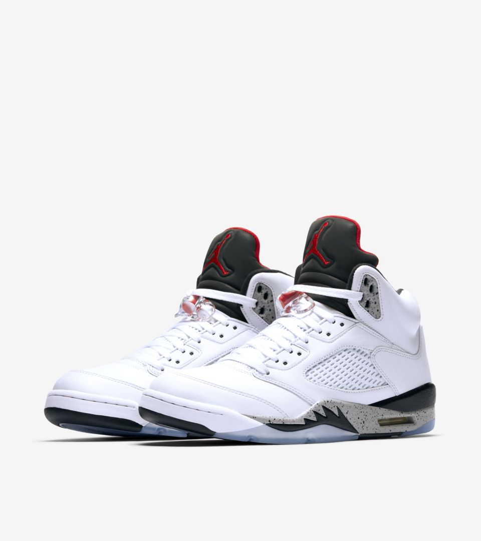 the best attitude 99ff3 04578 Air Jordan 5 Retro 'White & Black & University Red' Release ...
