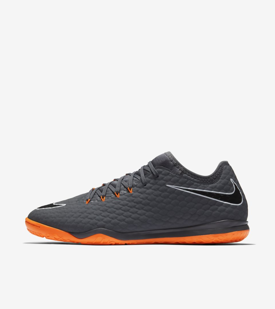 buy online fba44 c2aa3 FAST AF Hypervenom Zoom PhantomX 3 Pro IC. Nike.com