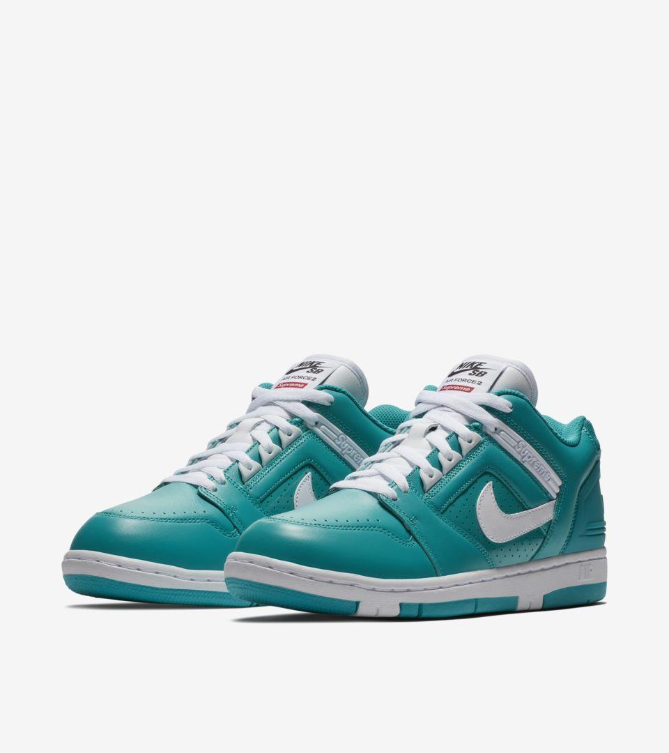 Nike SB AF2 Low Supreme 'New Emerald'. Nike SNKRS