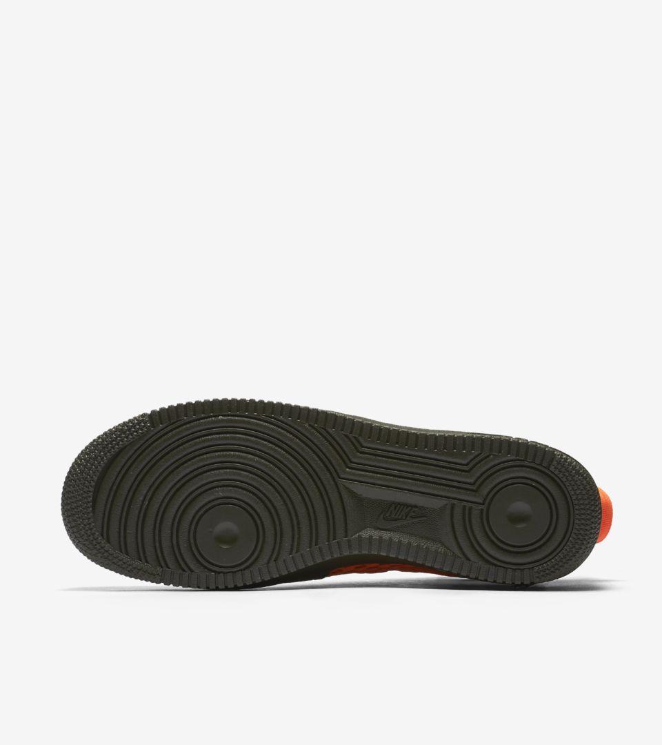 40eba68f6c16 Nike SF AF1 Mid  Cargo Khaki  amp  Total Crimson . Nike+ Launch GB