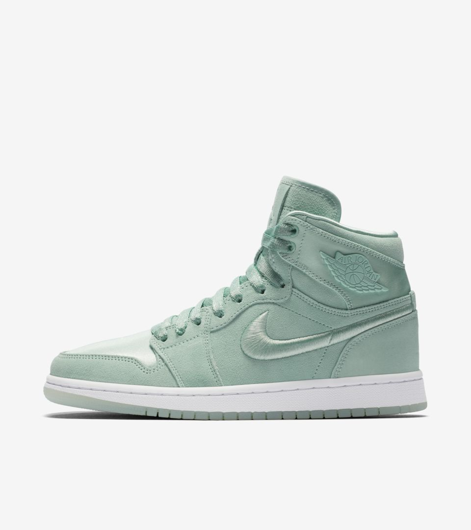 wholesale dealer 810e4 314a9 Women's Air Jordan 1 Retro High 'Mint Foam' Release Date ...