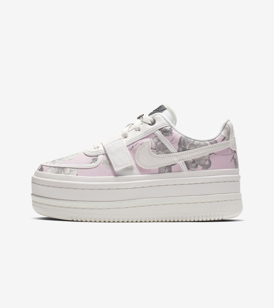 Women s Vandal 2K Floral  White  Release Date. Nike⁠+ SNKRS 93c25a64b