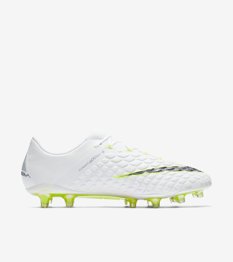 sports shoes 938ab 4da6e Hypervenom Phantom III FG. Nike.com
