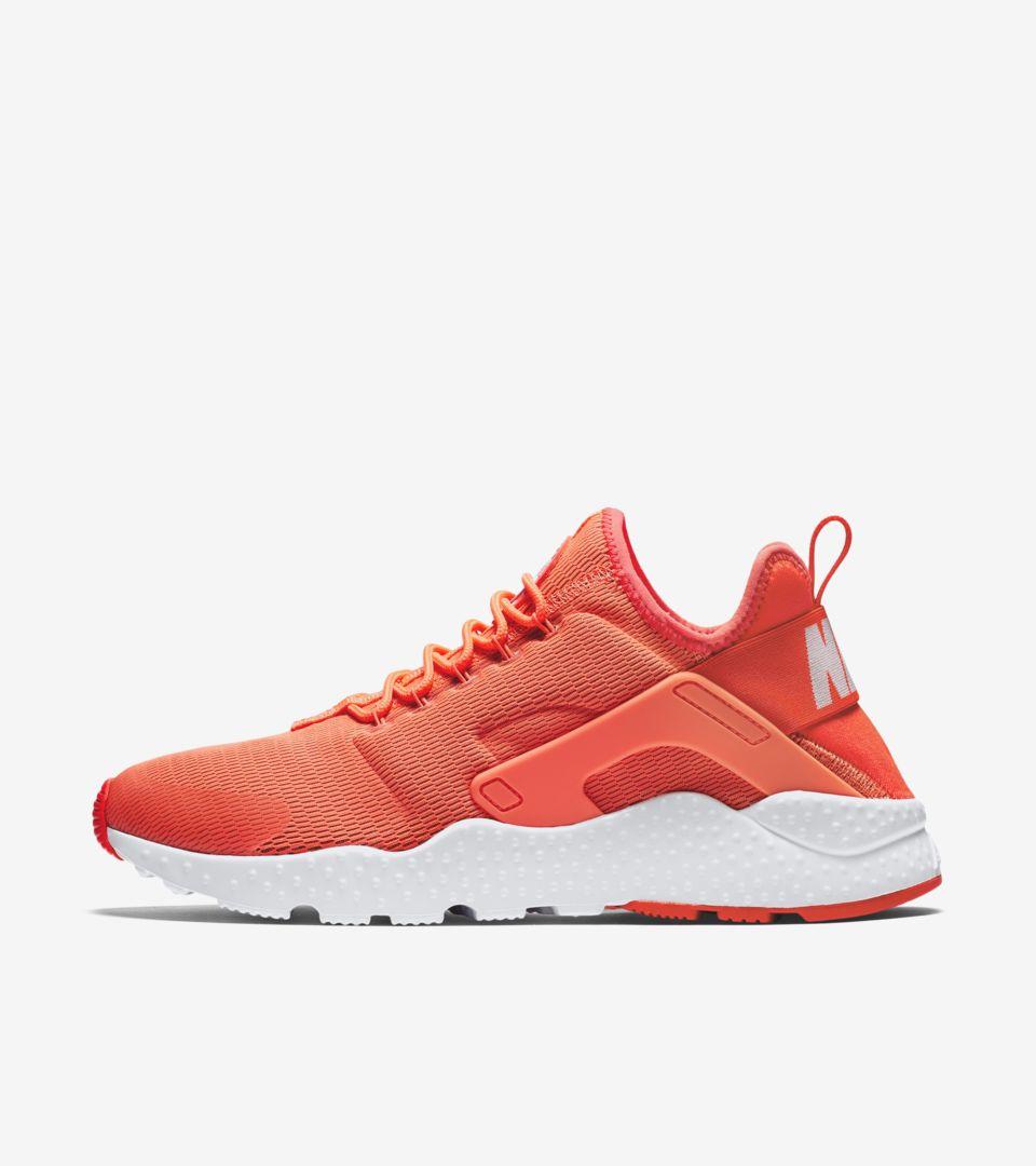 Nike Air Huarache Mango