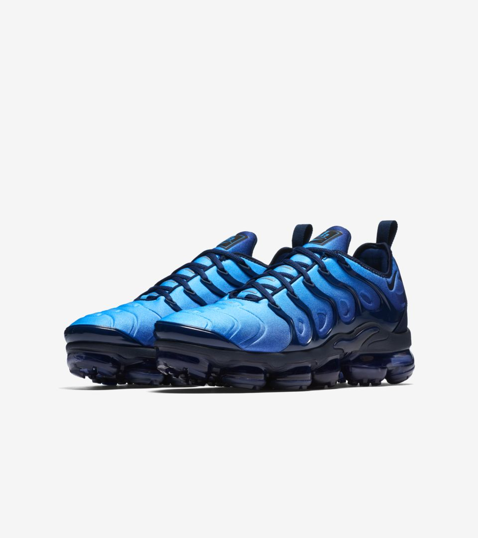 e1d7aa43051d Nike Air Vapormax Plus  Obsidian   Photo Blue  Release Date. Nike⁠+ ...