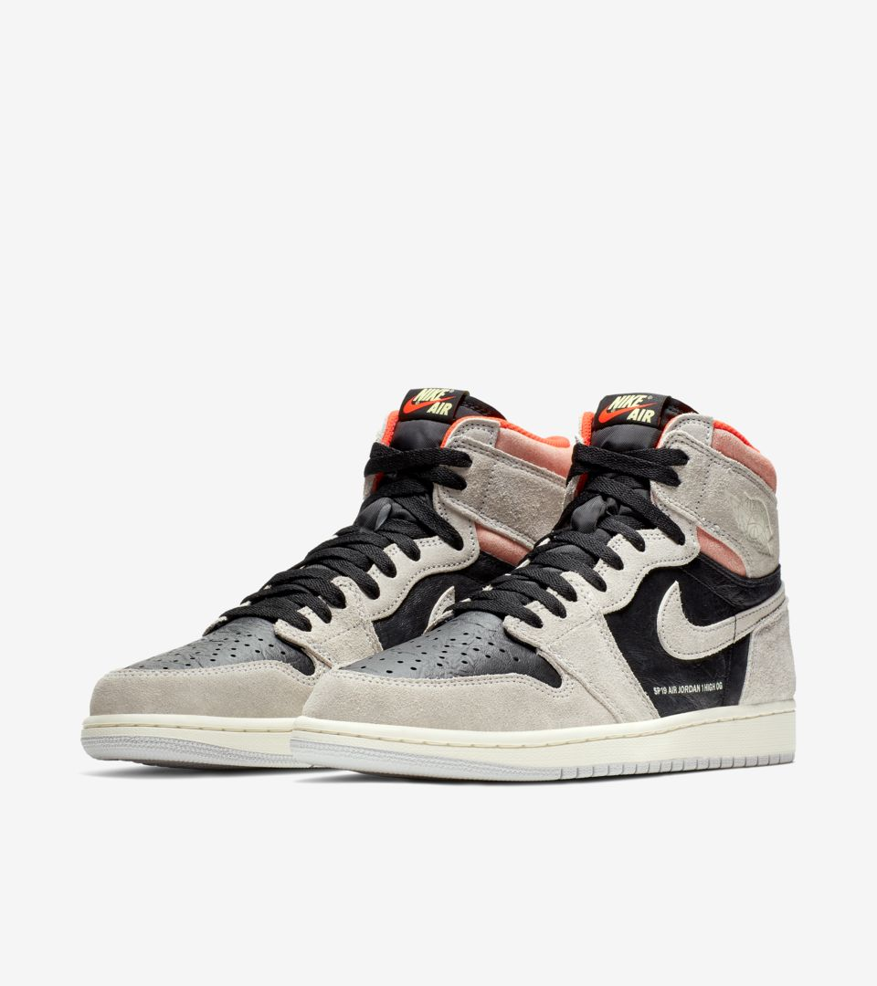 Air Jordan 1 High OG 'Neutral Grey & Hyper Crimson & Black' Release Date
