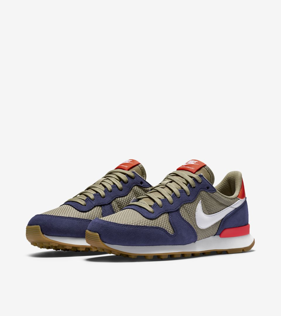 WMNS INTERNATIONALIST
