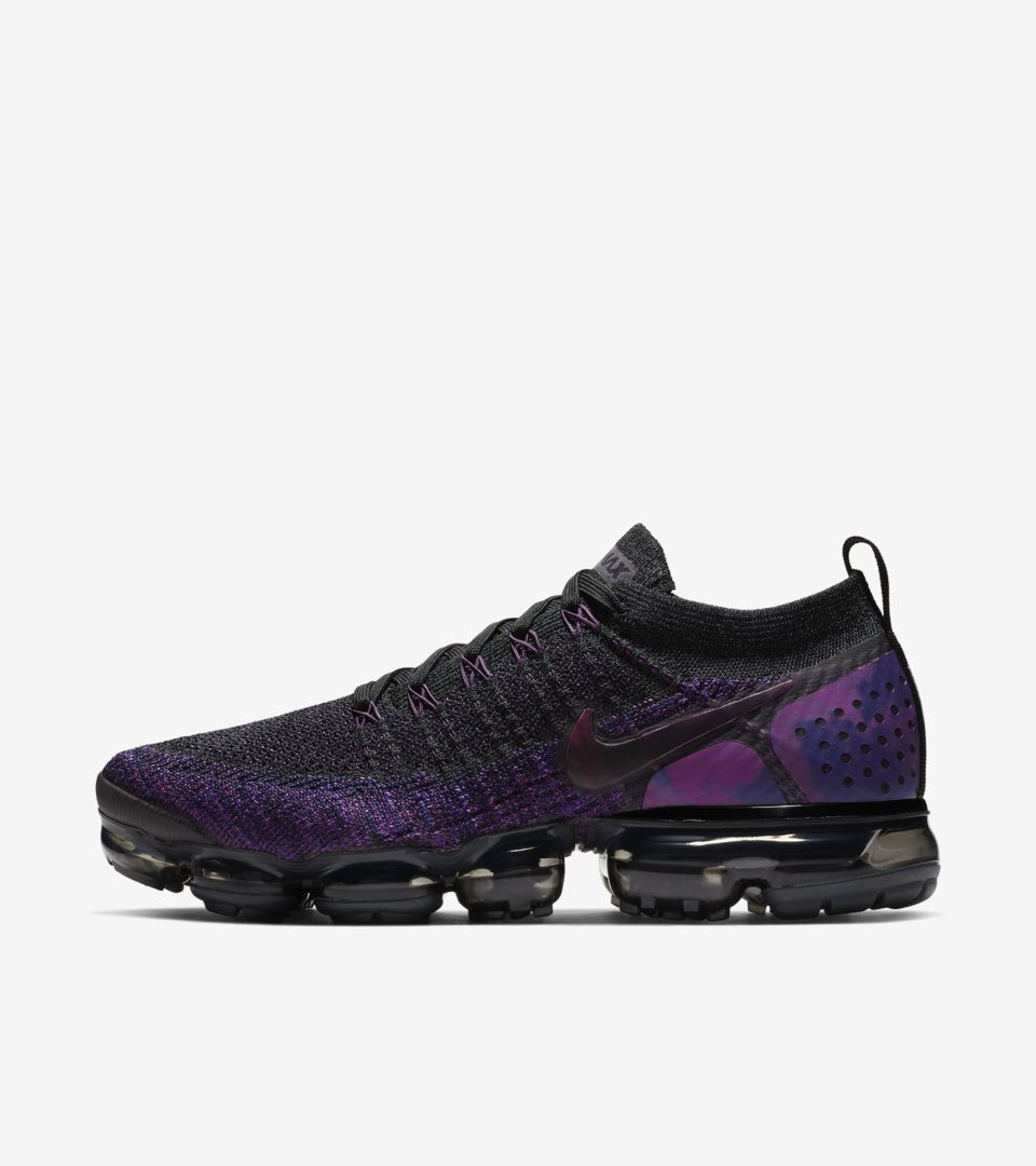 sports shoes 1c6e3 976e9 Nike Air Vapormax Flyknit 2 'Black & Vivid Purple & Night ...