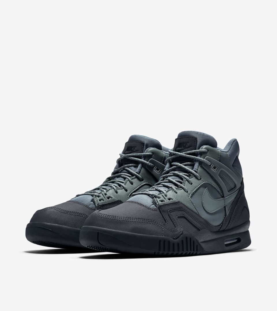 quality design 926c5 7ed25 Nike Air Tech Challenge II 'Hasta & Anthracite'. Nike⁠+ SNKRS