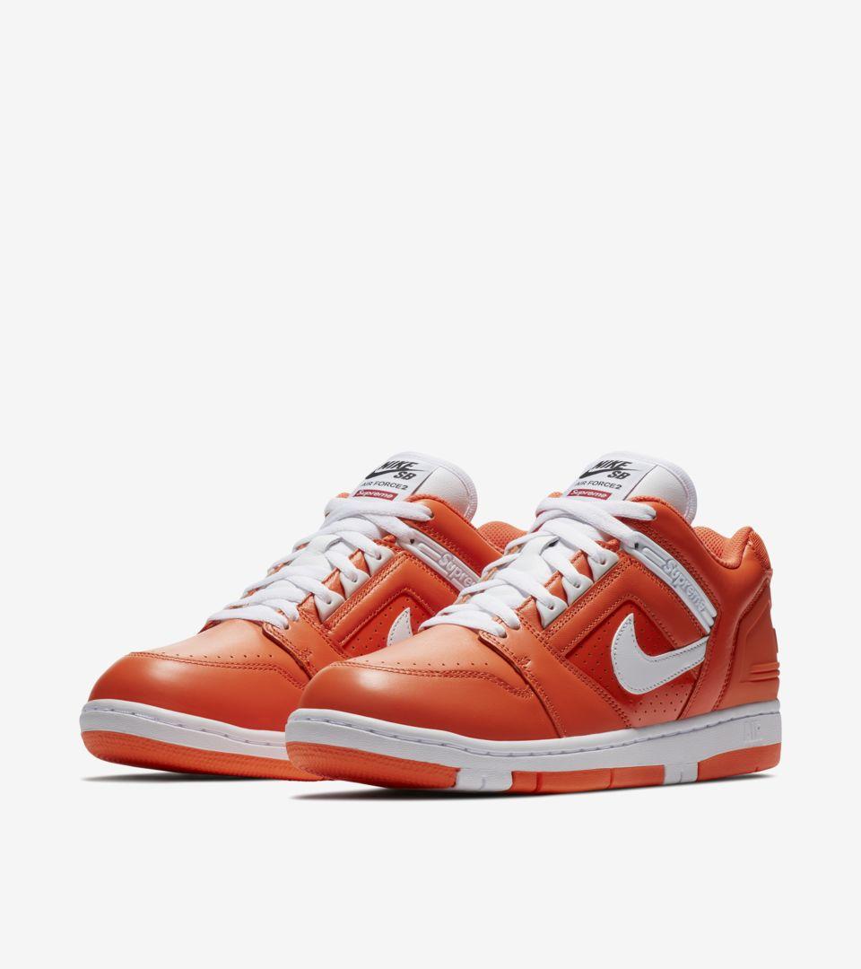 Nike SB AF2 Low Supreme 'orange blaze'. Nike SNEAKRS CZ