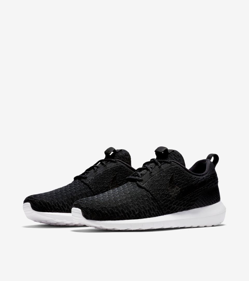 Nike Roshe Run NM Flyknit PRM Black