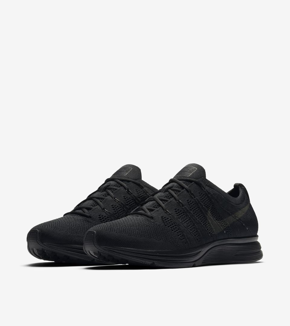 e1b67a65ed40b Nike Flyknit Trainer  Black   Anthracite  Release Date. Nike+ SNKRS