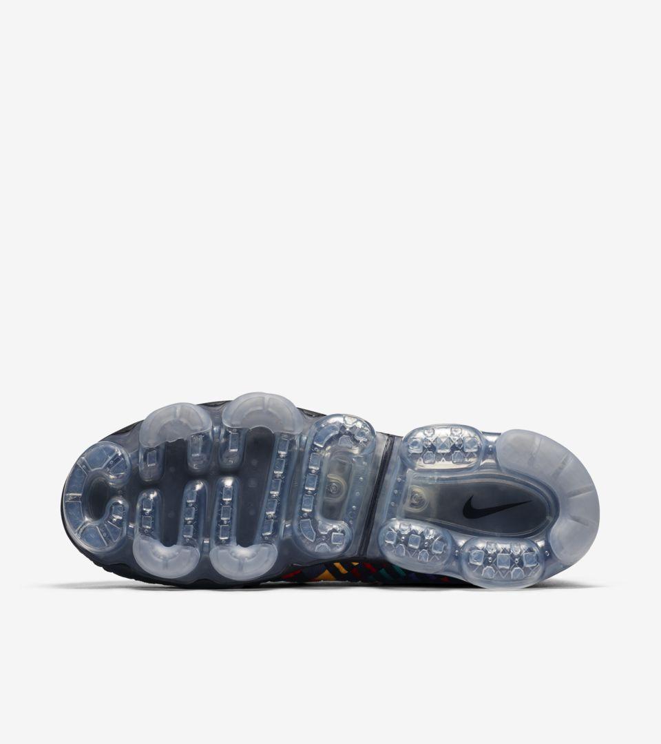 f885ff9e1eade Nike Air Vapormax Inneva  Black   Multicolor  Release Date. Nike+ SNKRS