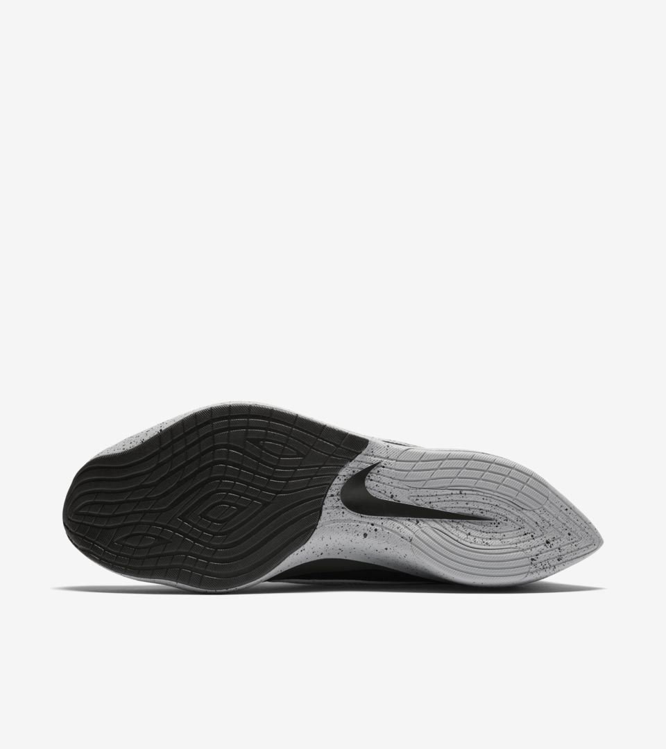Nike Moon Racer  Black   White   Wolf Grey  Release Date. Nike+ SNKRS 6a5911132