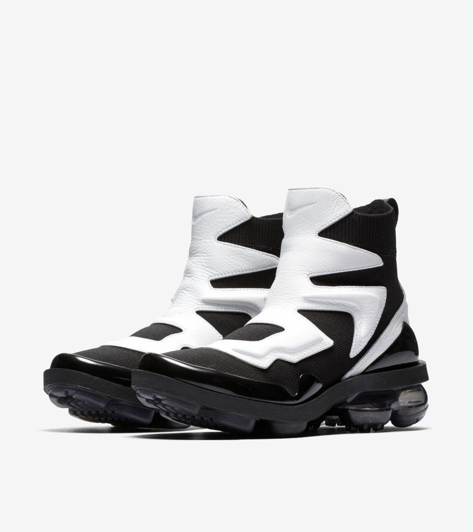 d135abb750db1 Women's Nike Vapormax Light II 'Black & White & Anthracite' Release ...