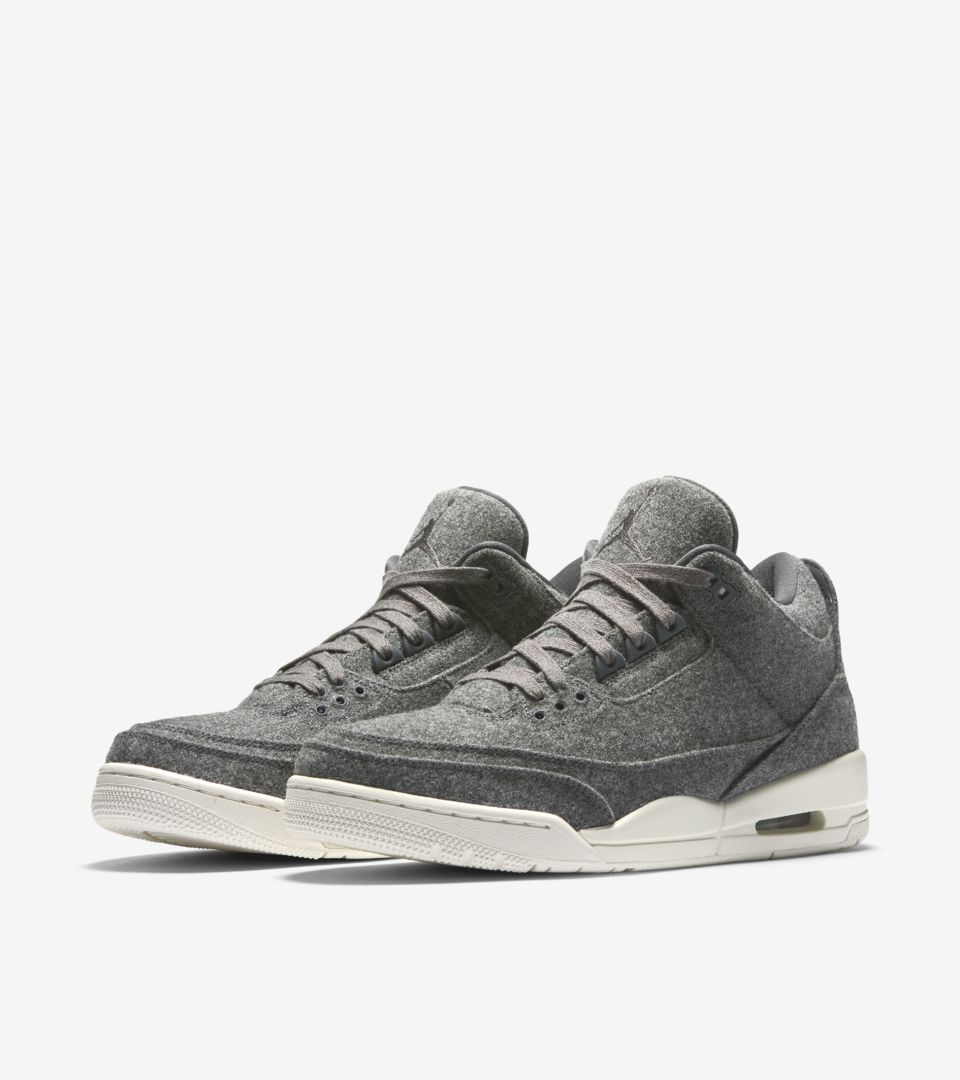 647e806634aca0 Air Jordan 3 Retro  Dark Grey . Nike⁠+ SNKRS