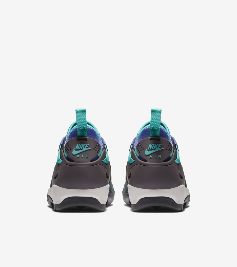 ACG Air Revaderchi 'Black & Faded Spruce & Clear Jade' Release Date