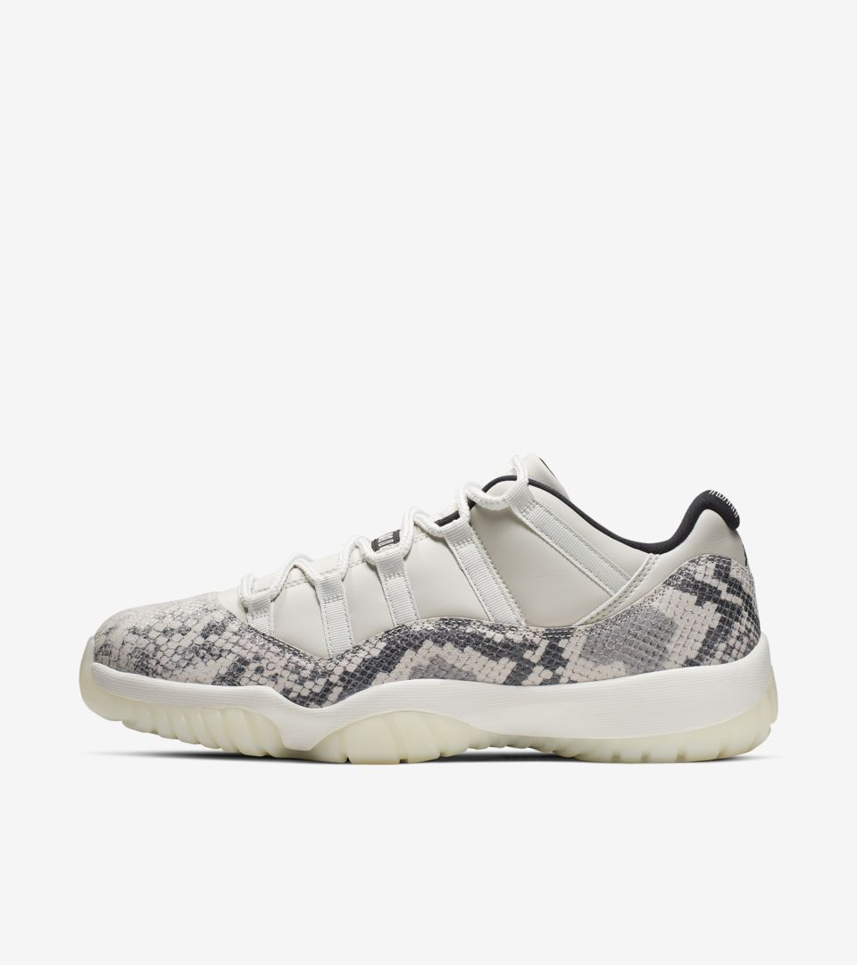 sale retailer e7662 e1589 Air Jordan 11 Low  Light Bone  Release Date