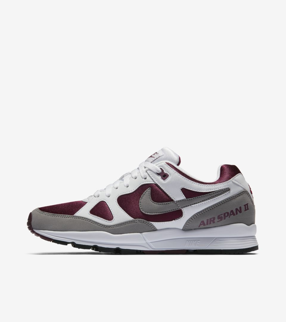 whiteamp; Pt Air DateNike⁠Launch Nike Bordeaux' Span 2