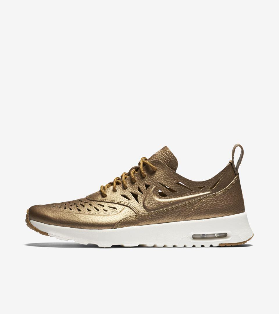 Women's Nike Air Max Thea Joli 'Metallic Golden Tan'. Nike