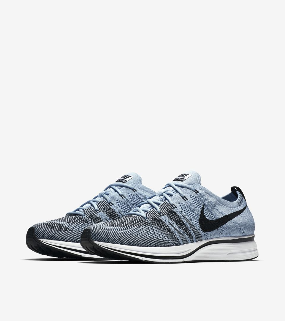 best sneakers ecfc3 b85a9 CIRRUS. FLYKNIT TRAINER ...