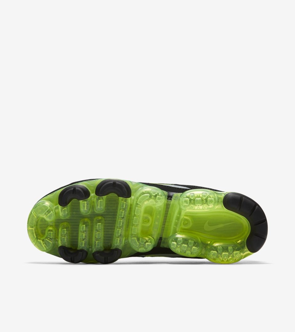 new style 74f63 6e67a Nike Air Vapormax 97 'Black & Volt & Metallic Silver ...
