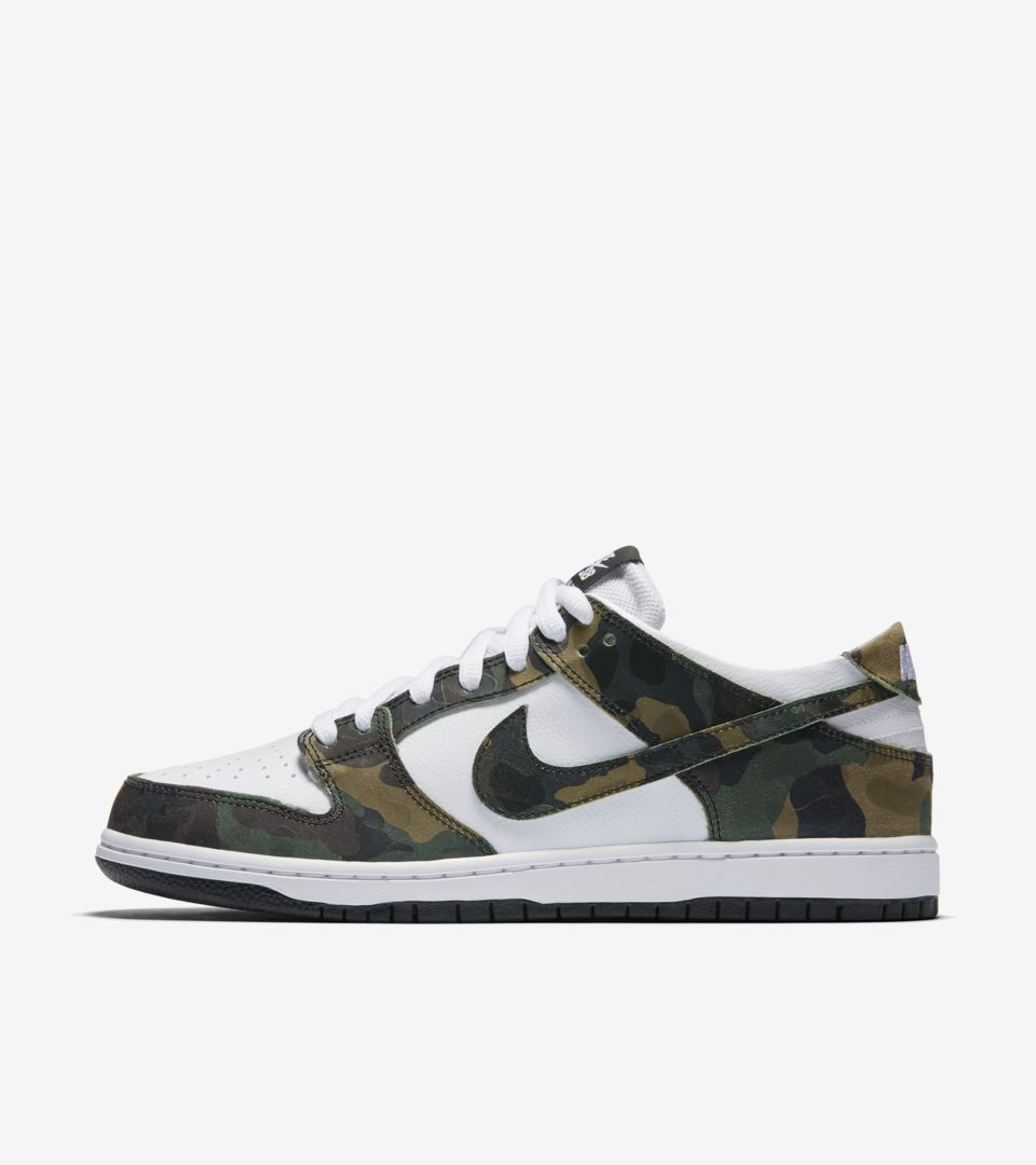 the latest 34c7d 0c14f Nike Dunk Low SB Pro 'Camo Green'. Nike⁠+ Launch GB