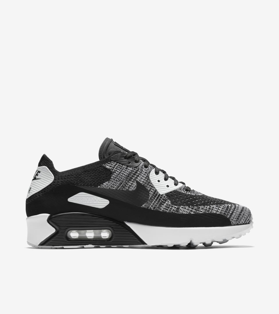 Nike Air Max 90 Ultra 2.0 Flyknit 'Black & White'. Nike⁠Plus