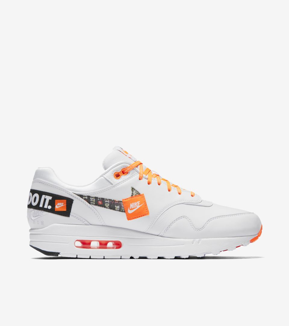 5e4d0602b027 ... Nike Air Max 1 Just Do It Collection  White   Total Orange  ...