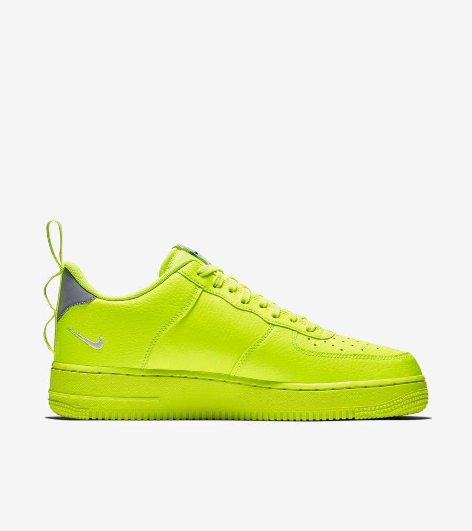 Nike Air Force 1 Lv8 Utility 'Volt & Wolf Grey & White' Release Date