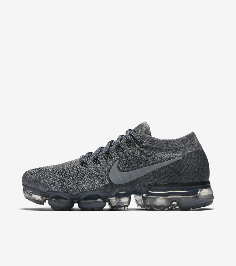 28f7b24e25cf Women s Nike Air VaporMax  Cool Grey   Dark Grey . Nike⁠+ SNKRS