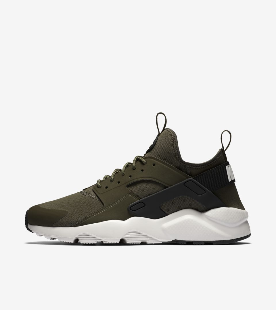 timeless design b779d 9dd17 AIR HUARACHE ULTRA ...