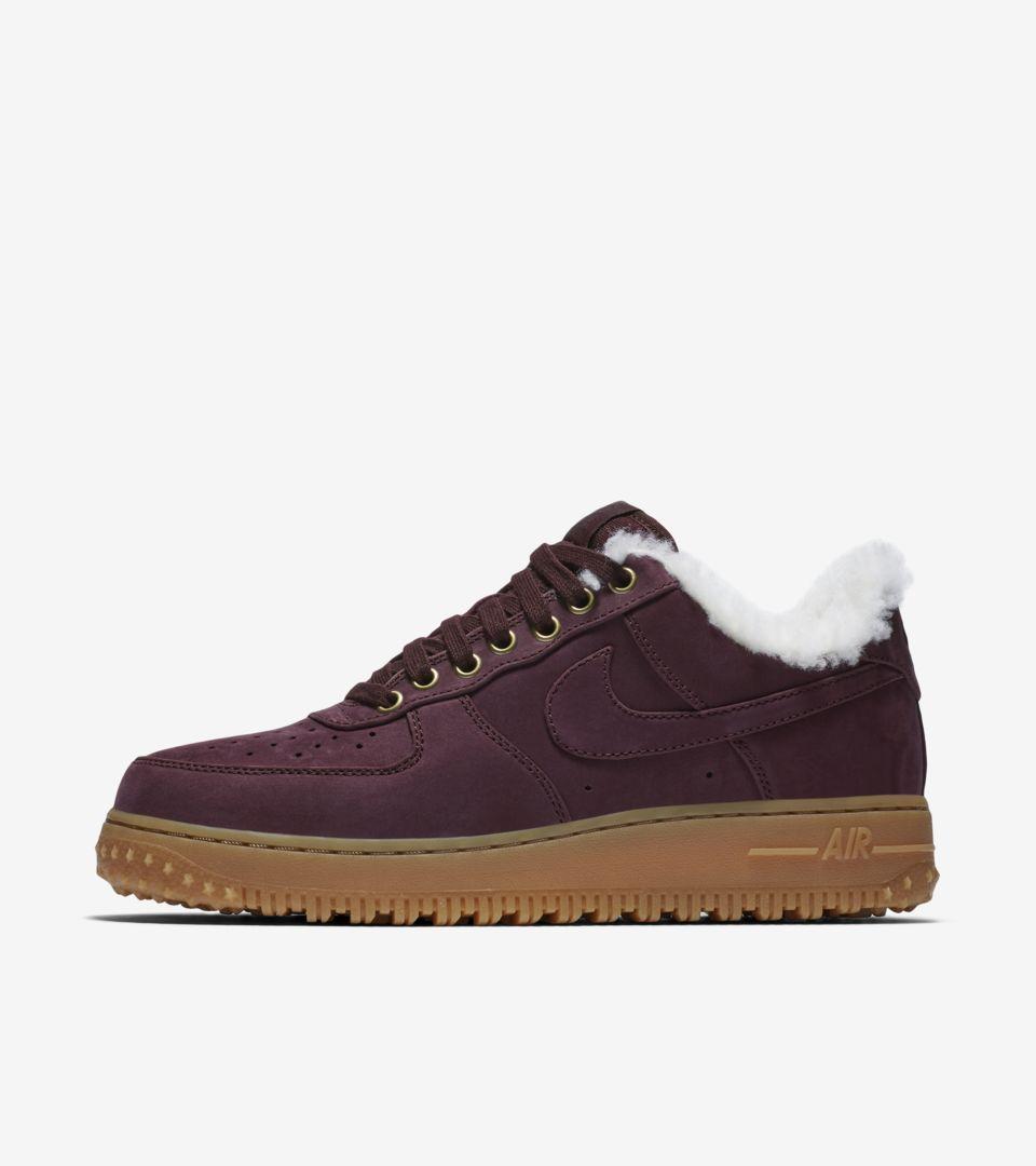 1f2eb8e53568 Nike Air Force 1 Premium Winter  Burgundy Crush   Gum Light Brown ...