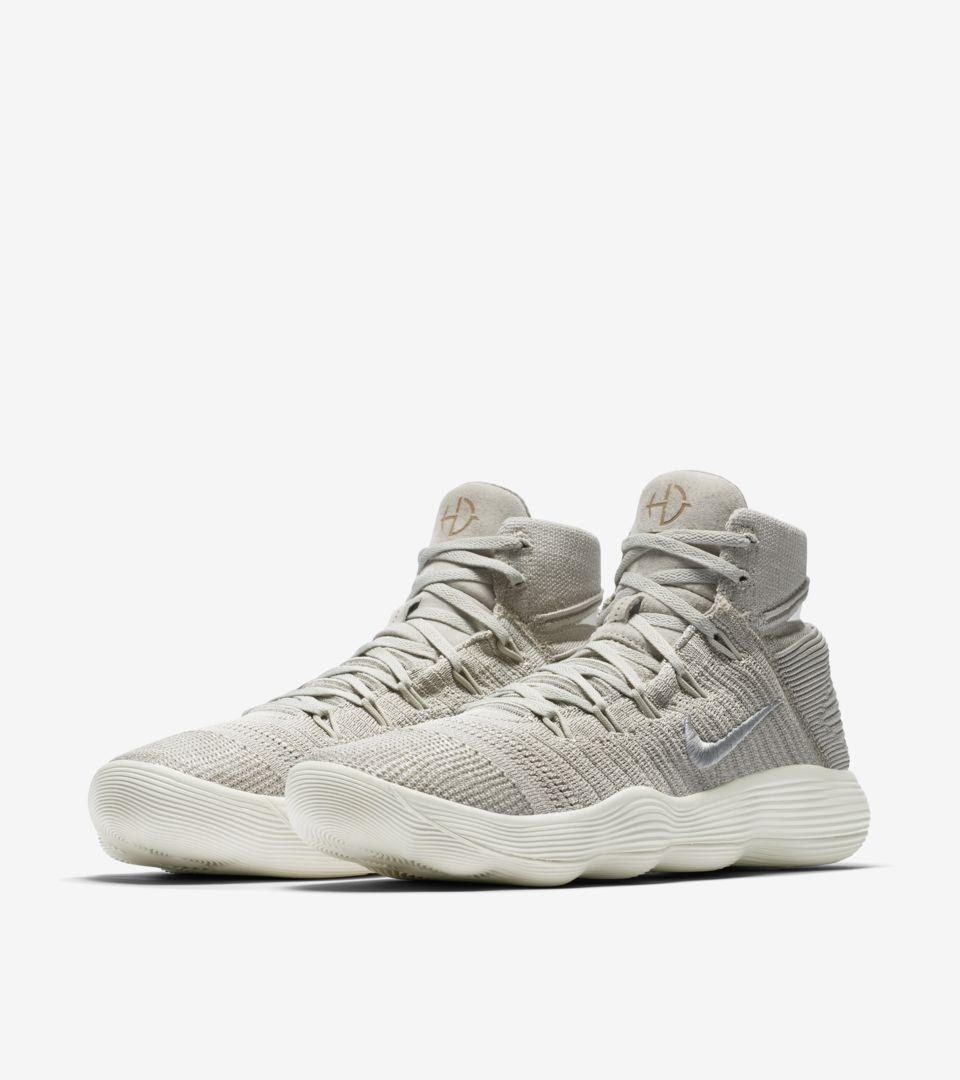 322858a2f01 Nike React Hyperdunk 2017 Flyknit  Pale Grey   Sail  Release Date ...