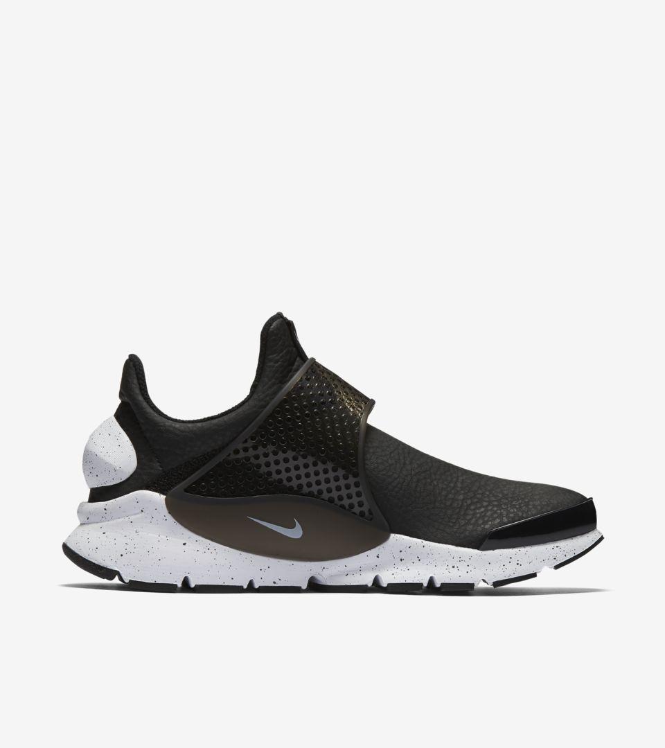 cheap for discount d4ab4 15720 Women's Nike Sock Dart Premium 'Black & White' 2017. Nike+ ...
