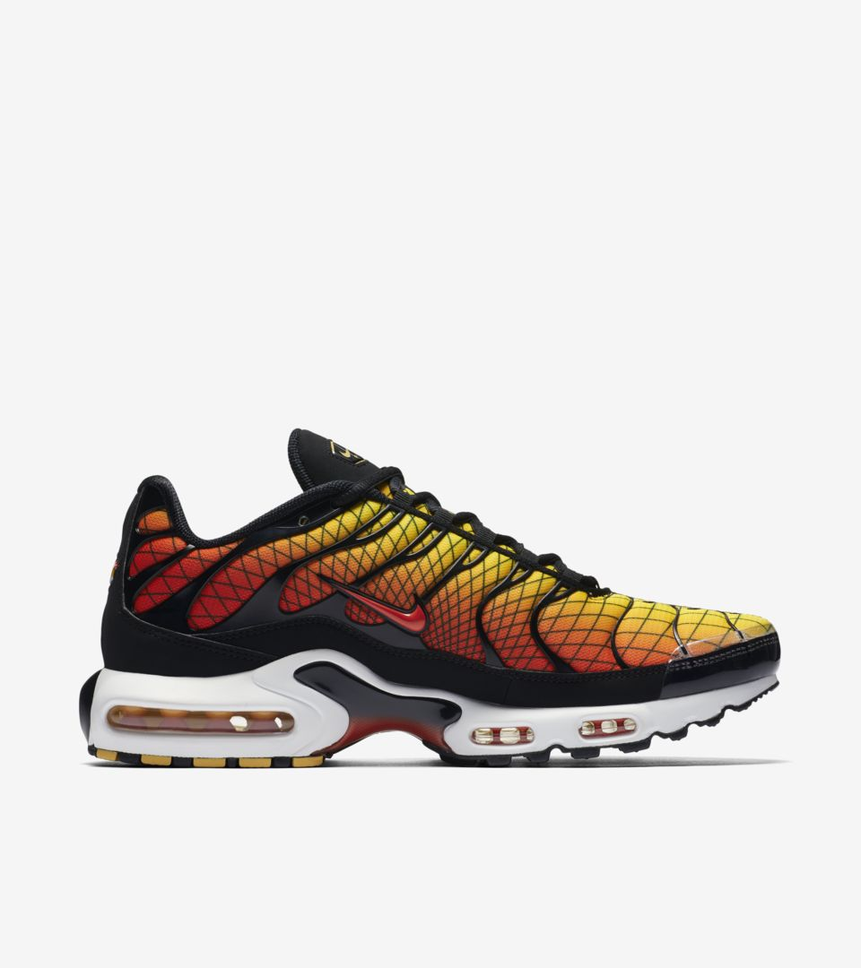 2bdb48b083a790 ... discount nike air max plus black tour yellow team orange e7ee6 c26ae