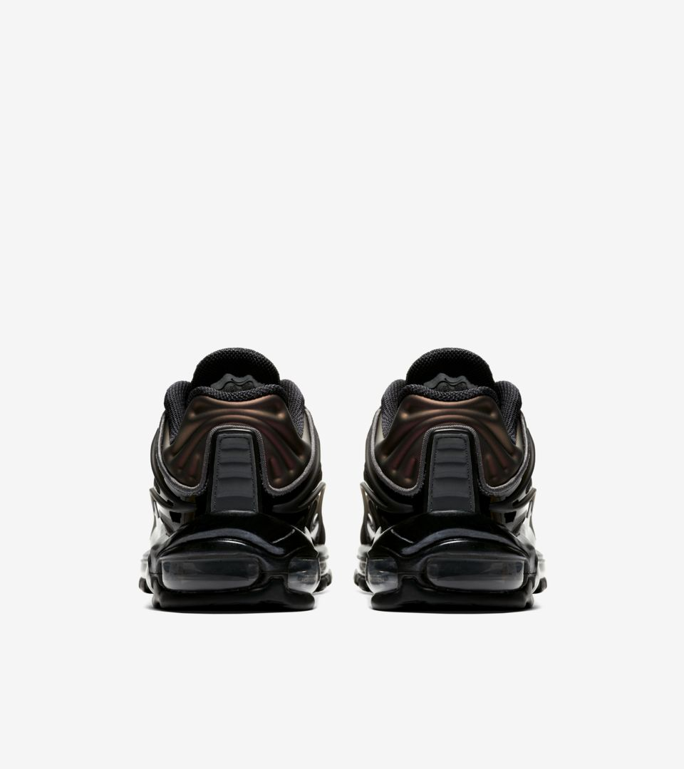 Nike Air Max Deluxe 'Triple Black' Release Date