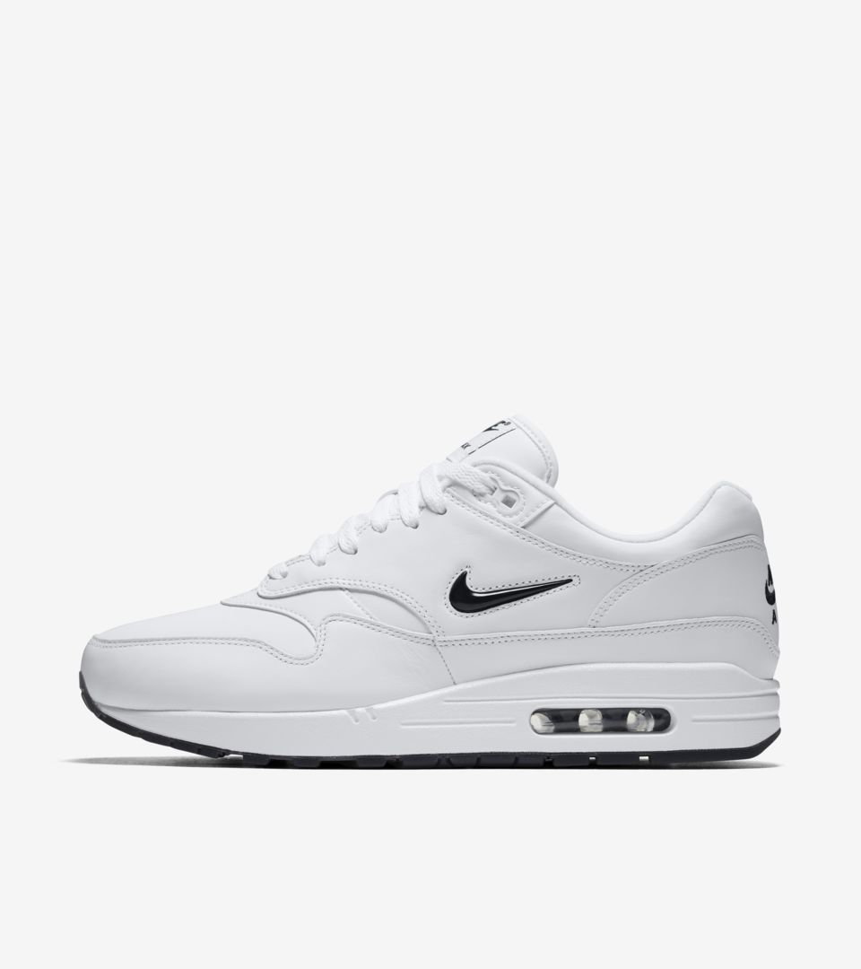 Date de sortie de la Air Max 1 Premium Jewel « White & Black ...