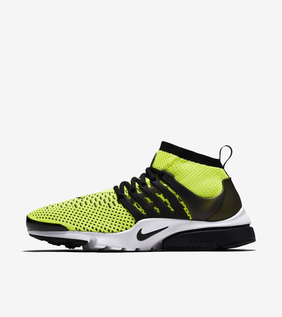 Rico cuenco Fugaz  Nike Air Presto Ultra Flyknit 'Volt & Black' Release Date. Nike SNKRS