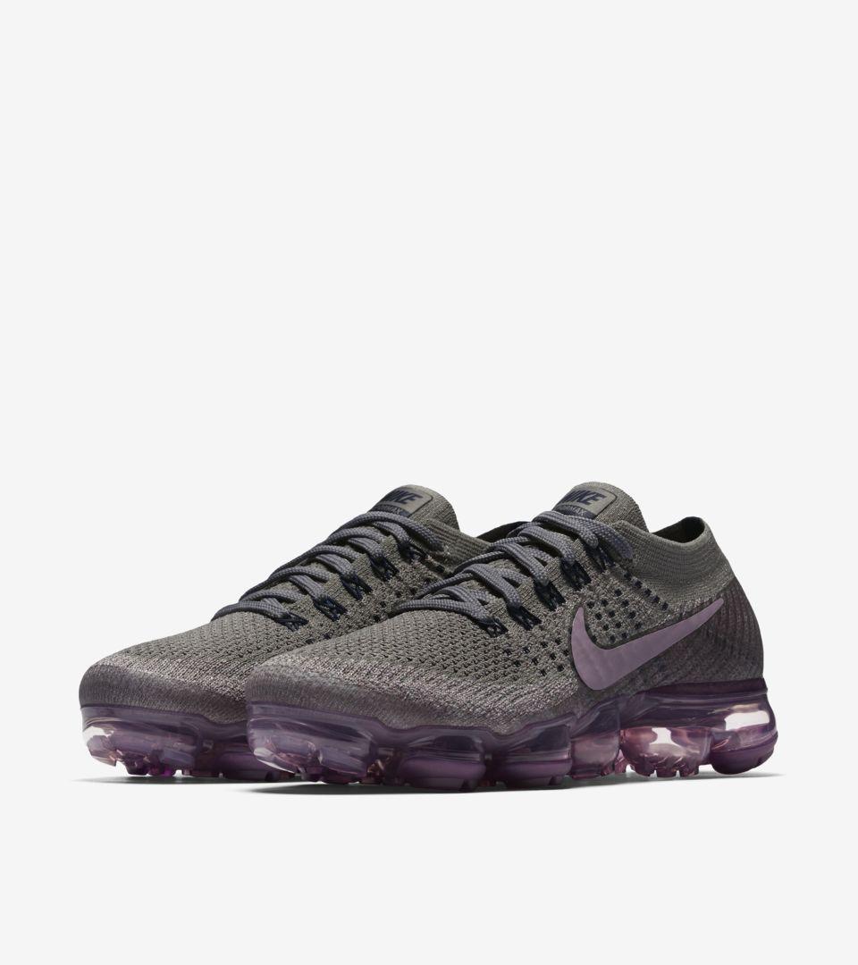 online store 12176 1aa0c Women's Nike Air Vapormax 'College Navy & Tea Berry'. Nike+ SNKRS