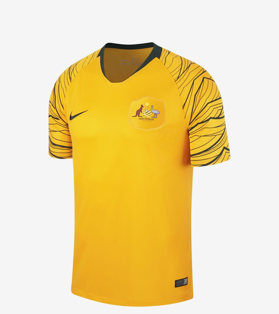 Kit de visitante 2018 de Australia. Nike.com MX dd53ce8b0fcb2