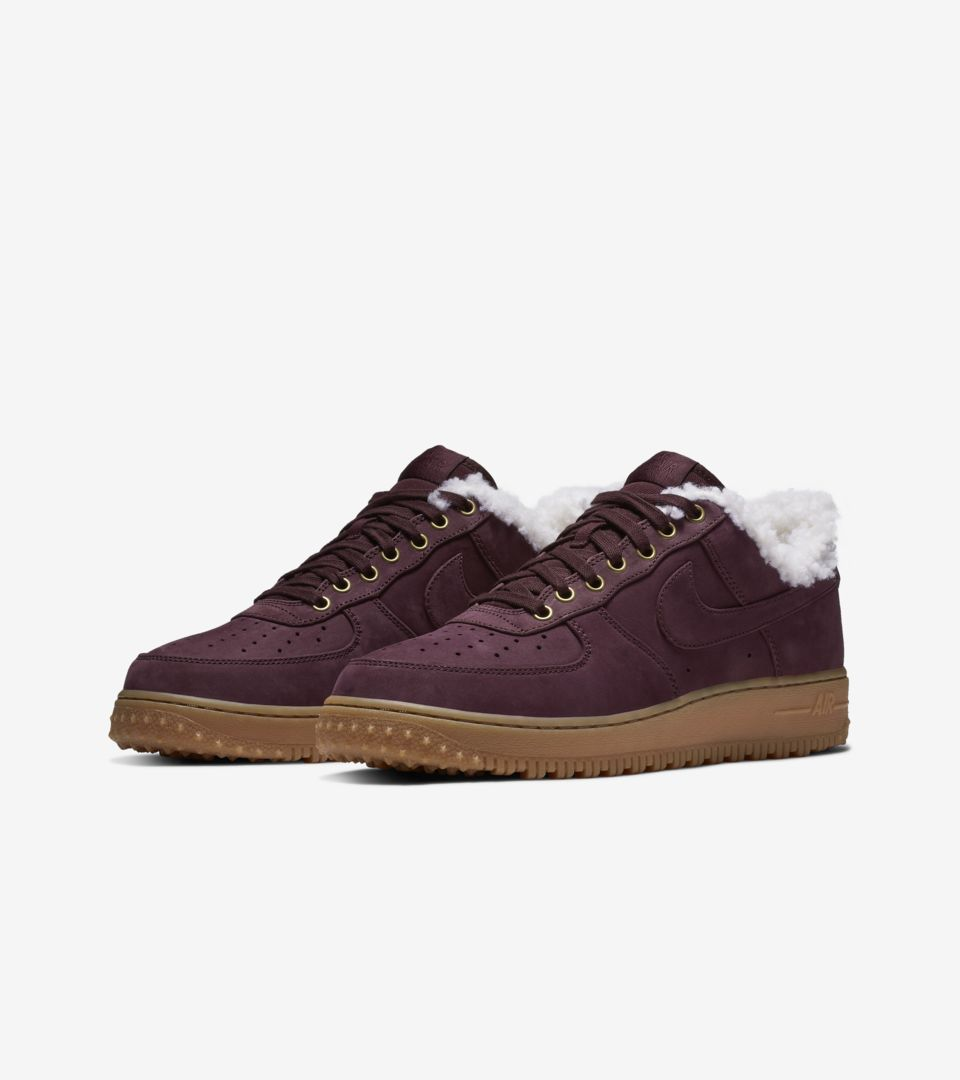 1f2eb8e53568 Nike Air Force 1 Premium Winter  Burgundy Crush   Gum Light Brown ...