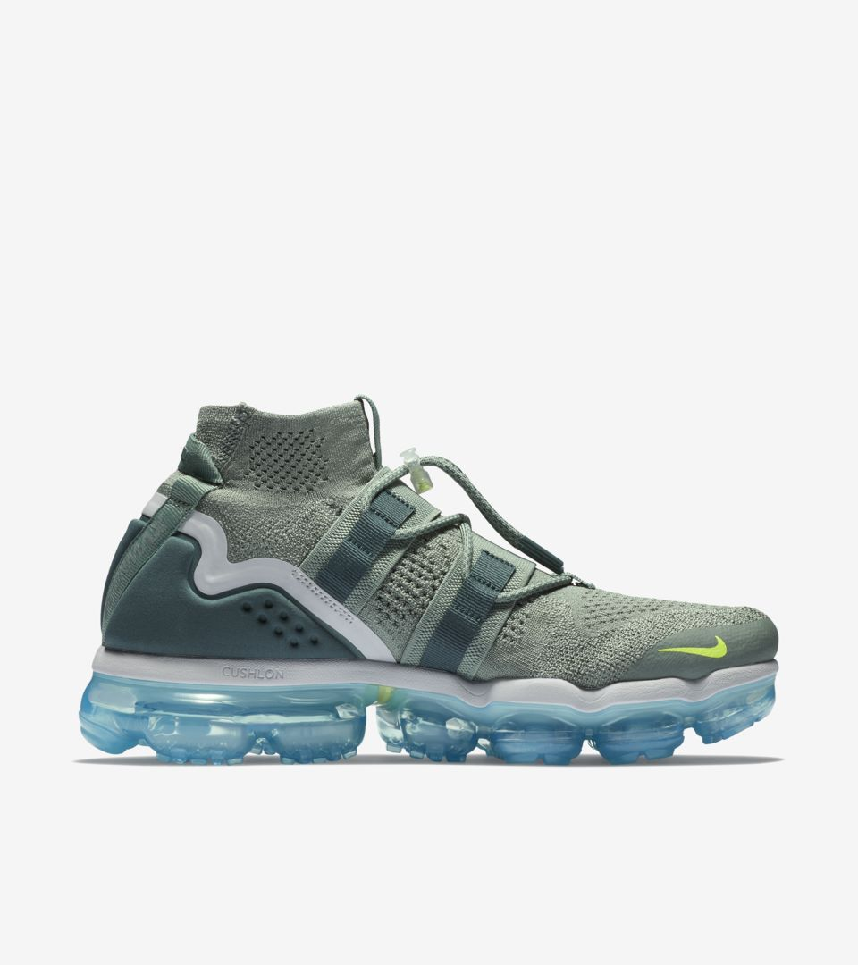 detailed look 50a63 13b69 Nike Air Vapormax Utility 'Clay Green & Barely Grey' Release ...
