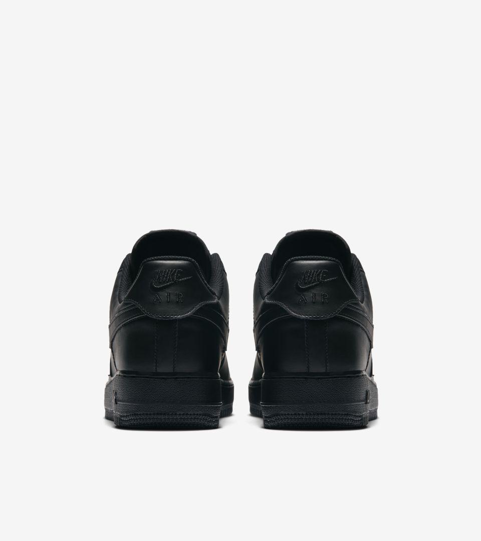 Nike Air Force 1 'Black Swoosh Pack' 发布日期
