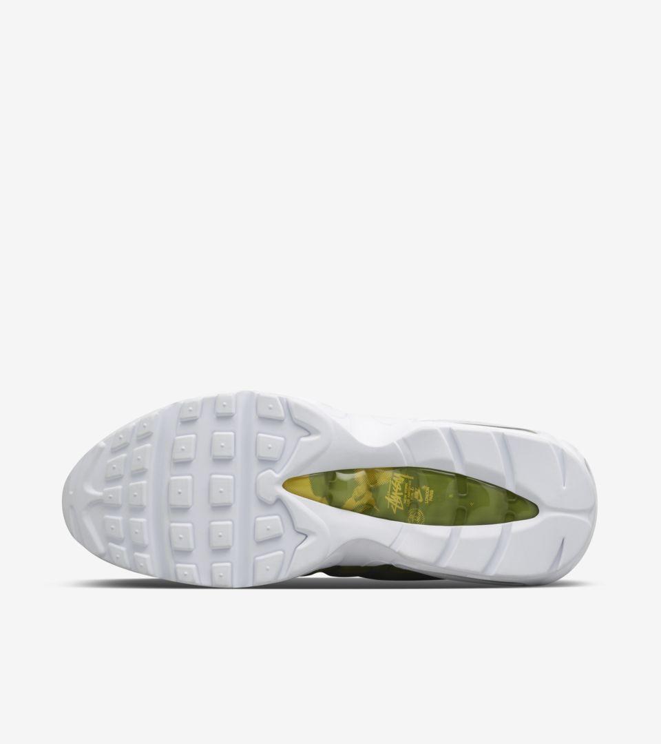 eb597ee513 Nike Air Max 95 Stussy 'Olive'. Nike+ SNKRS