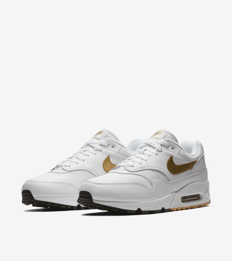 a57578b782 Nike Air Max 90/1 'White & Metallic Gold' Release Date. Nike+ ...