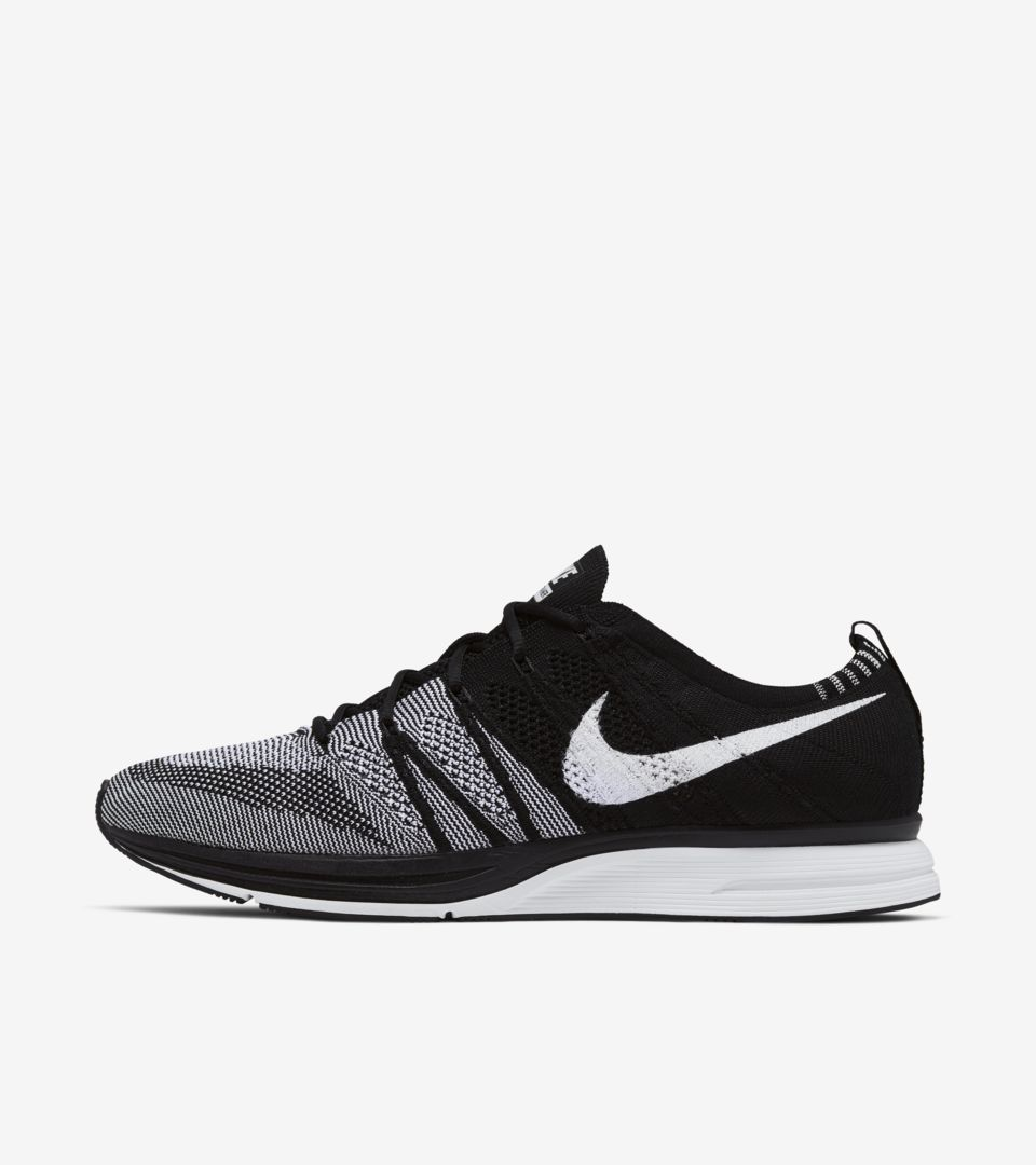Nike Flyknit Trainer  Black   White  Release Date. Nike+ SNKRS 0b8a12e76ebf